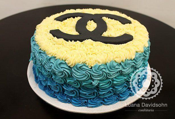 Bolo Chanel Azul | Confeitaria da Luana