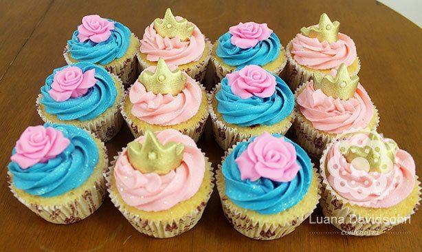 Cupcakes Princesa Rosa e Azul | Confeitaria da Luana