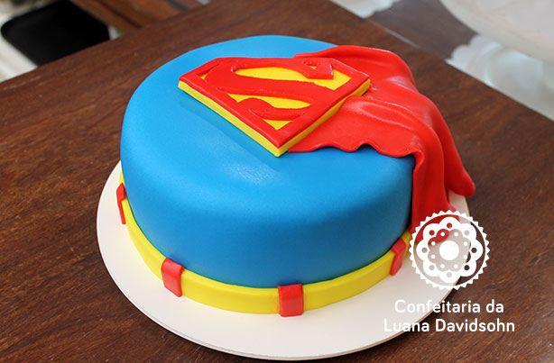Bolo do Super Homem | Confeitaria da Luana