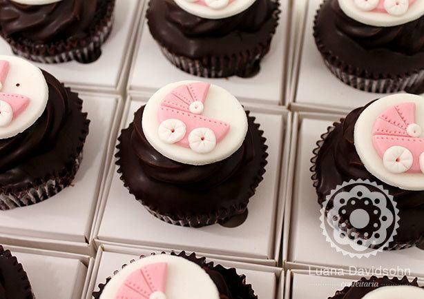Cupcake Lembrancinha de Maternidade | Confeitaria da Luana