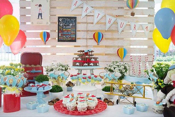 Cupcakes Avião Balão Festa de Menino