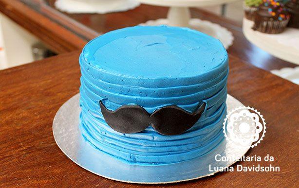bolo smash the cake bigode