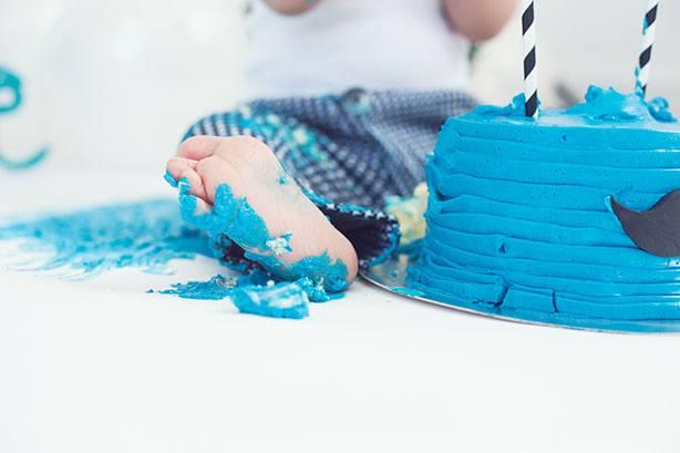 Bolo Smash The Cake Bigode | Confeitaria da Luana