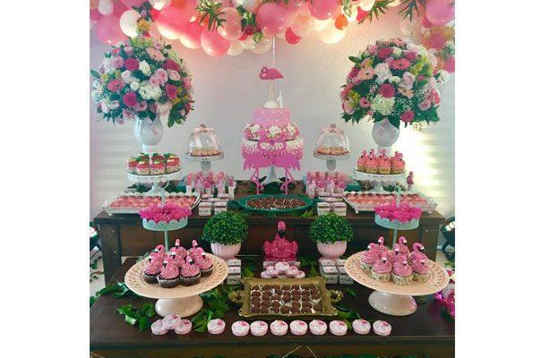 Bolo E Cupcake De Flamingo Confeitaria Da Luana