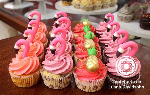 Cupcake Flamingo | Confeitaria da Luana