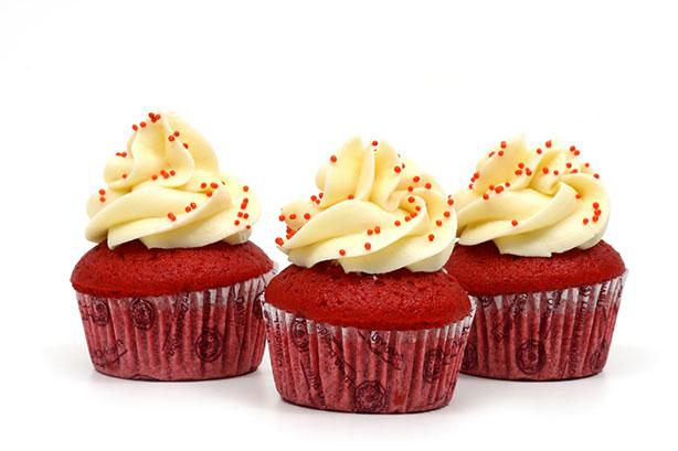Cupcake Red Velvet | Confeitaria da Luana