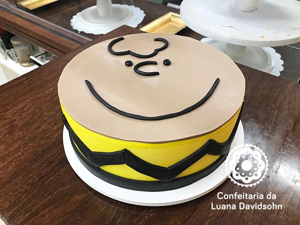 Bolo Snoopy | Confeitaria da Luana