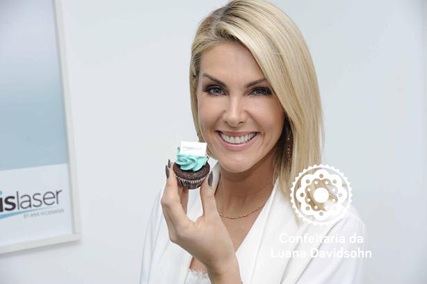 Cupcakes Ana Hickmann Confeitaria da Luana | Confeitaria da Luana