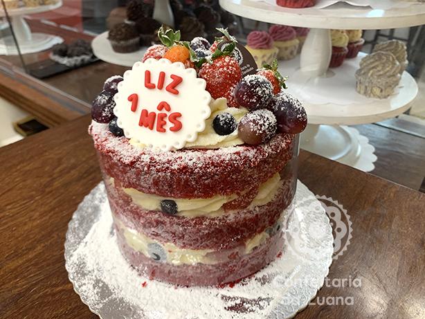 Naked Cake Mesversário | Confeitaria da Luana