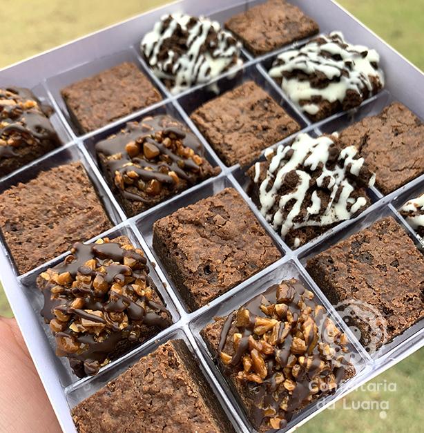 Caixa com 16 mini Brownies