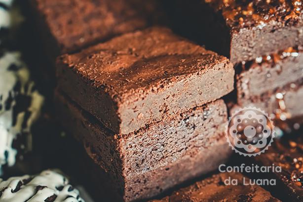 Brownie Tradicional | Confeitaria da Luana